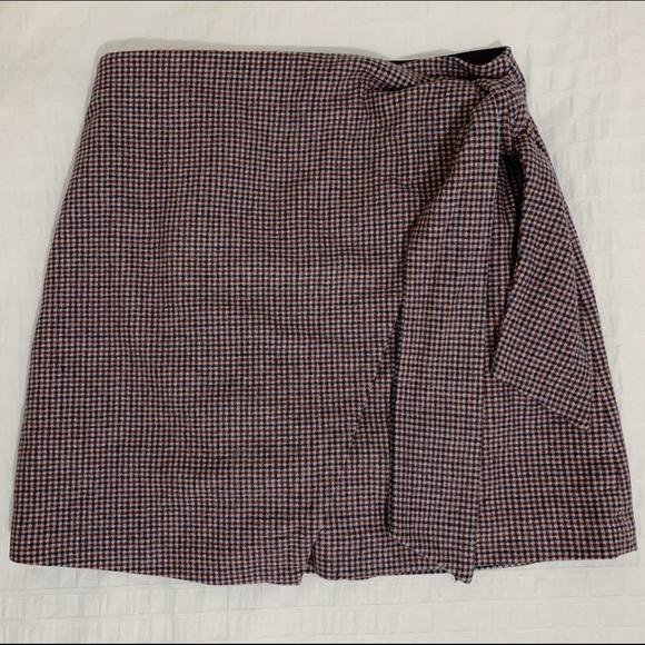 Aritzia Wilfred Wrap Front Skirt